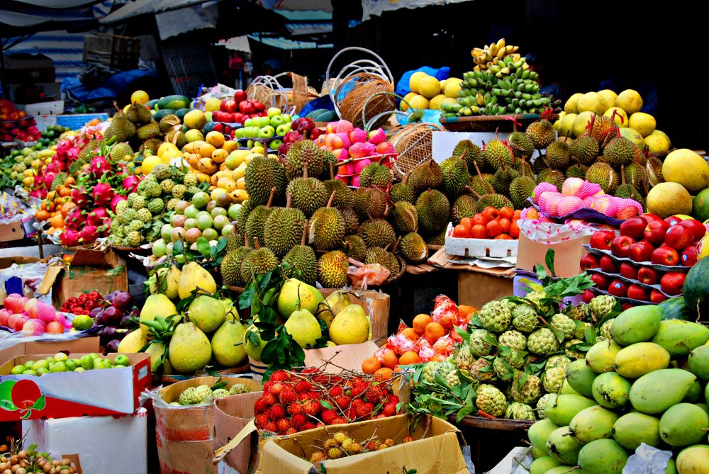 The Essence: Fruitarianism and Raw Foodism